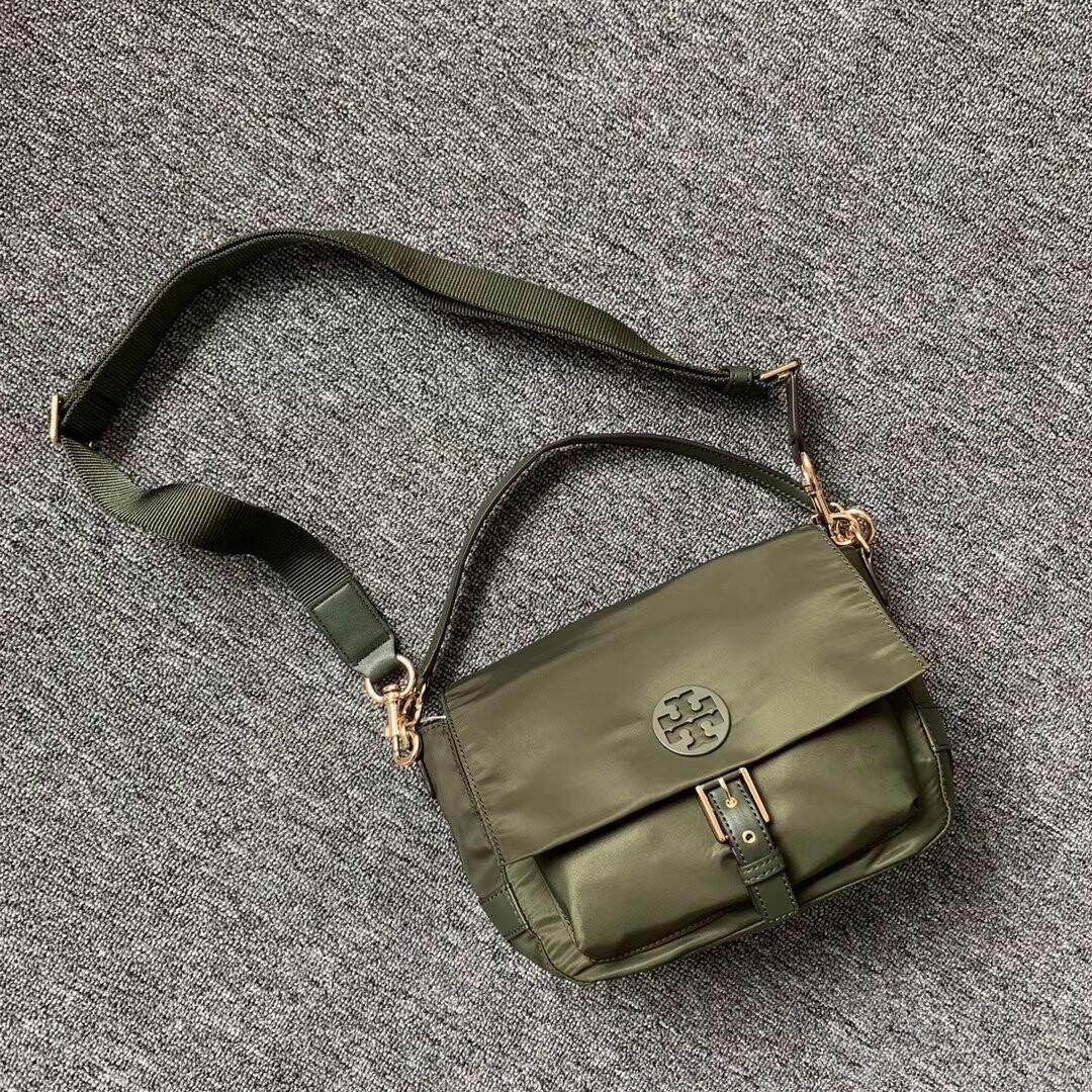 Original new ship nylon inclined shoulder bag black navy blue army green three colors can be into