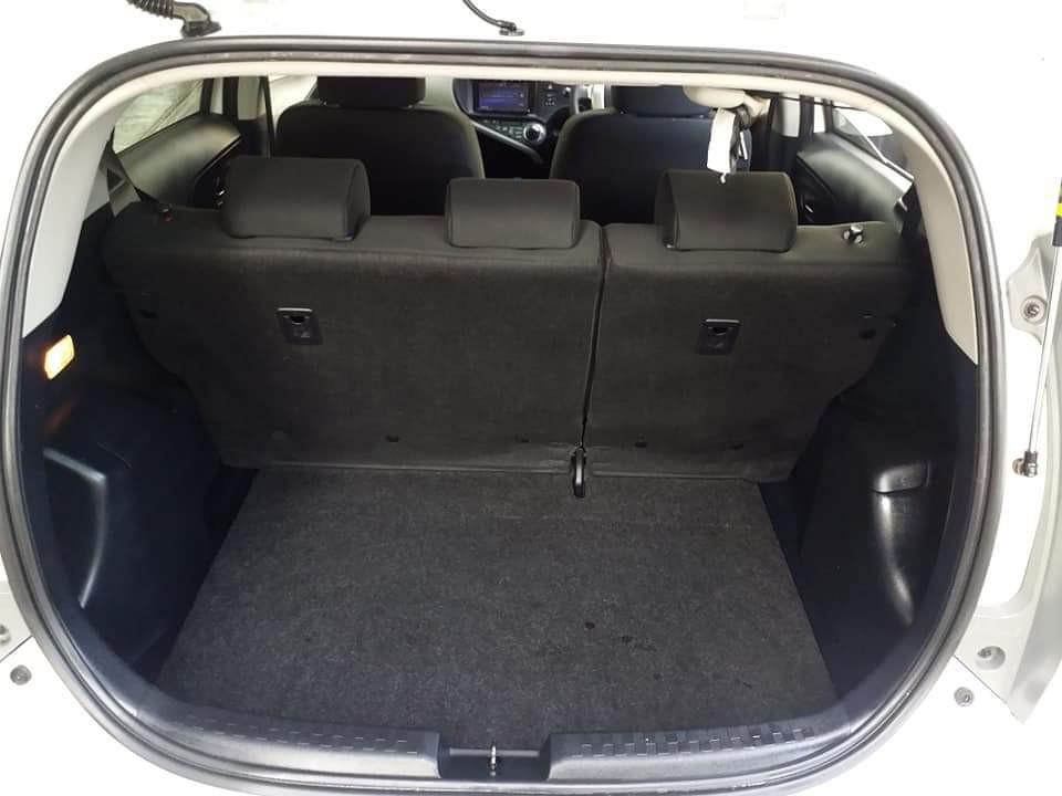 Toyota Prius 1.5 C aqua Manual