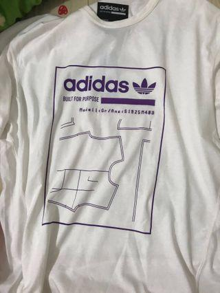 愛迪達adidas白色上衣T-shirt #HB8