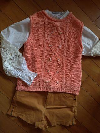 降❗️近新✨嫩橘玫瑰裝飾圓領針織背心 香港製 (不含襯衫) #週慶