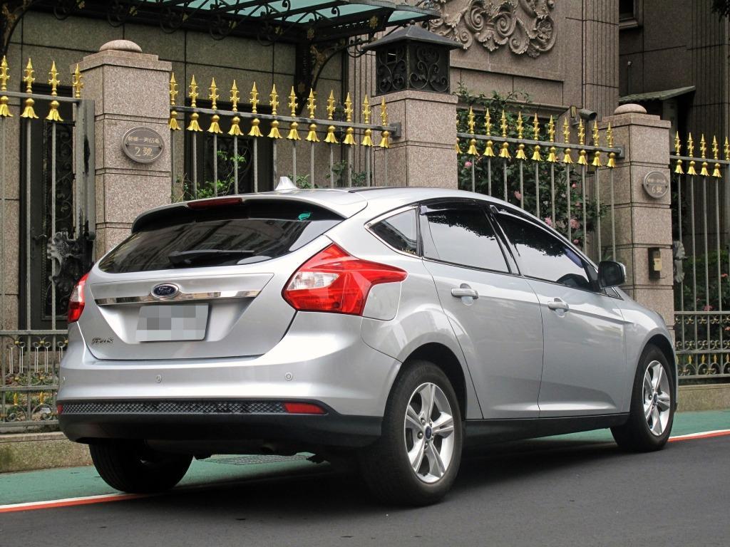 2014 福特 FOUCS 一手車 全車原钣件 省油省稅 不管你是要穿梭在市區中還上高速奔跑都是你首選之一喔 車在現場 實車實價