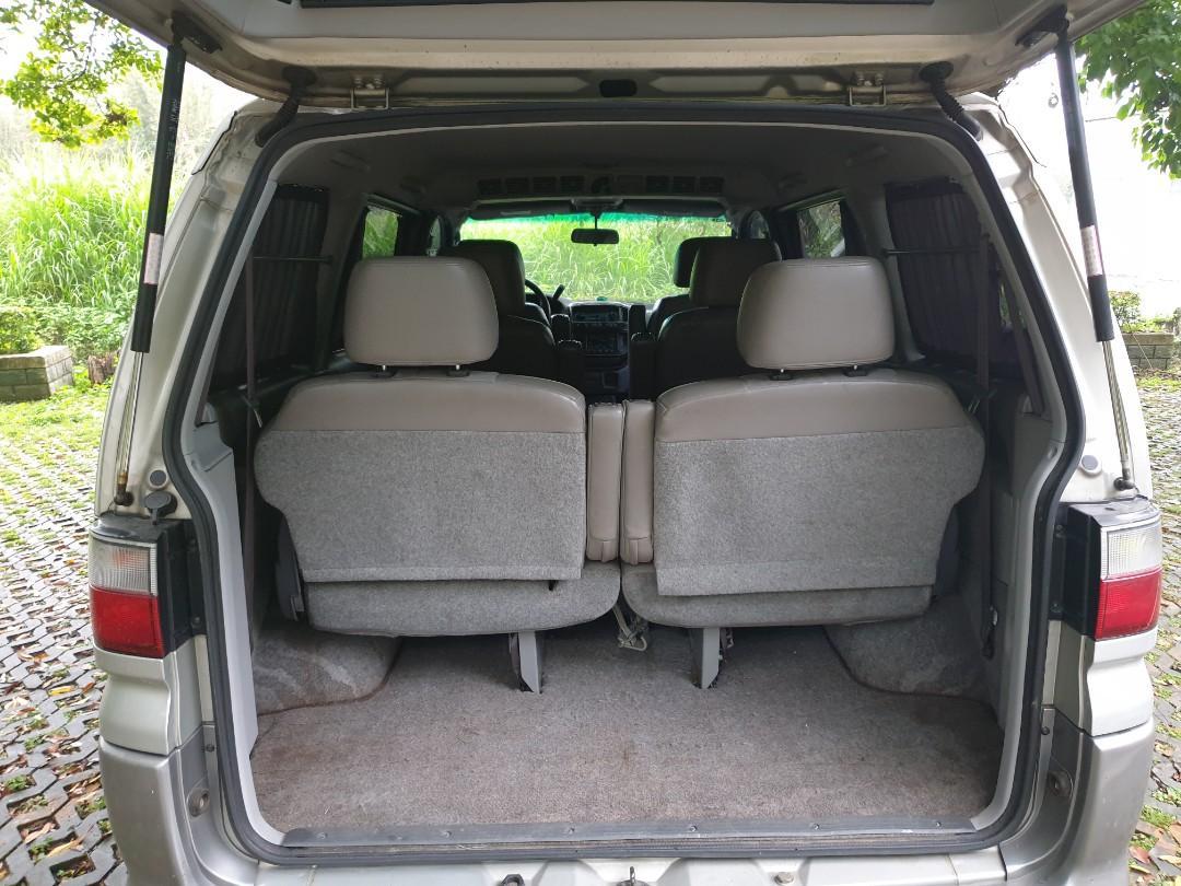 自售  三菱space gear2.4七人座