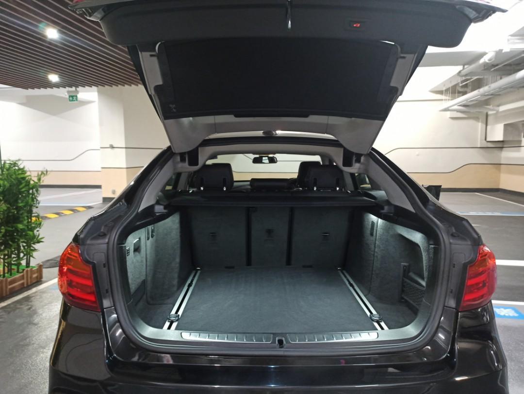 BMW 328i Gran Turismo Luxury Sport (A)