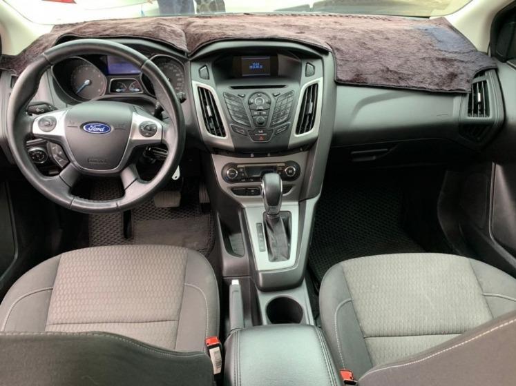 Ford 福特 Fiesta 5D
