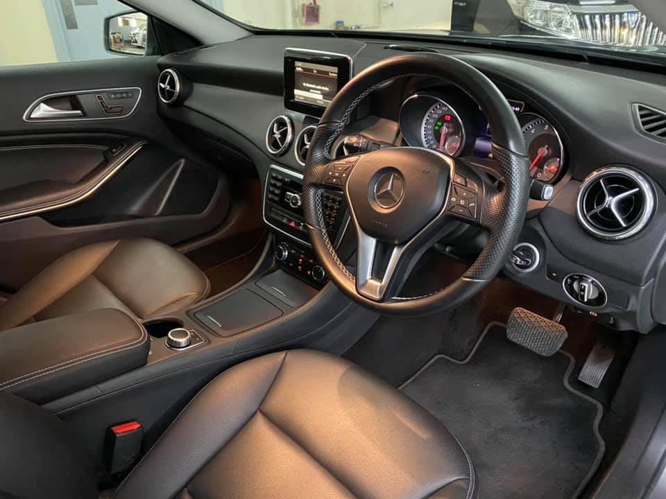 Mercedes-Benz GLA 200 Auto