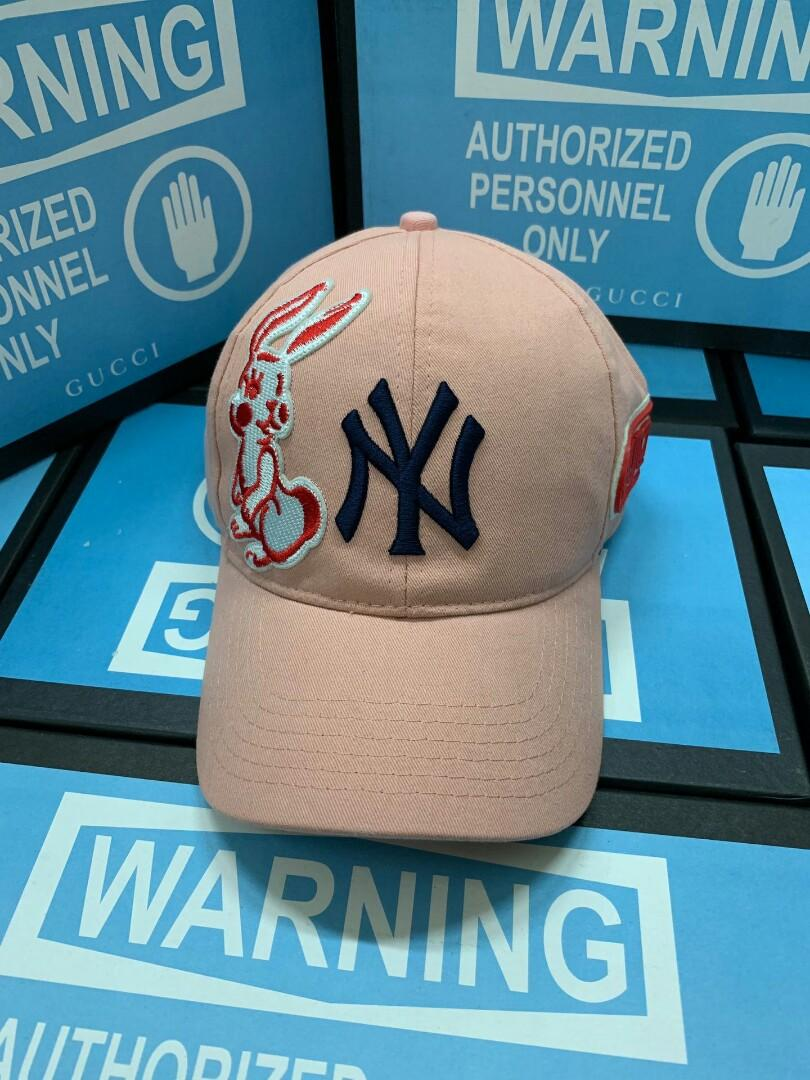 Original MLB -baseball cap is Alexander zhuo mountains open a regular in the modelling design inspired in the early autumn series specially add a series of baseball cap stick ACTS the role of organic combination with signature elements