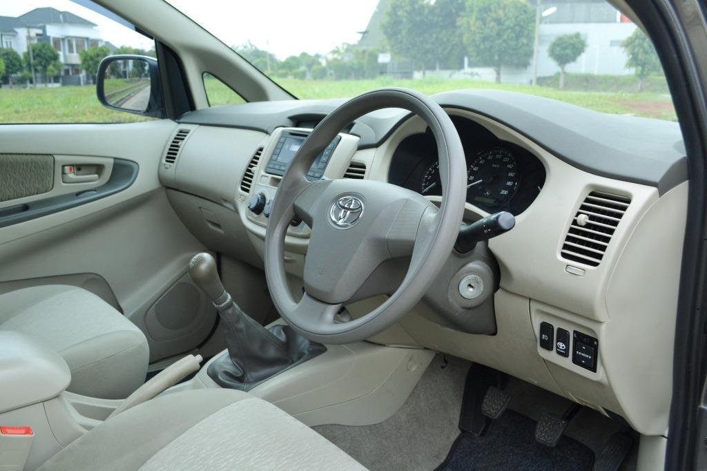 Toyota Grand Innova E Upgrade G 2011 KM 25Rb Istimewa Seperti Baru