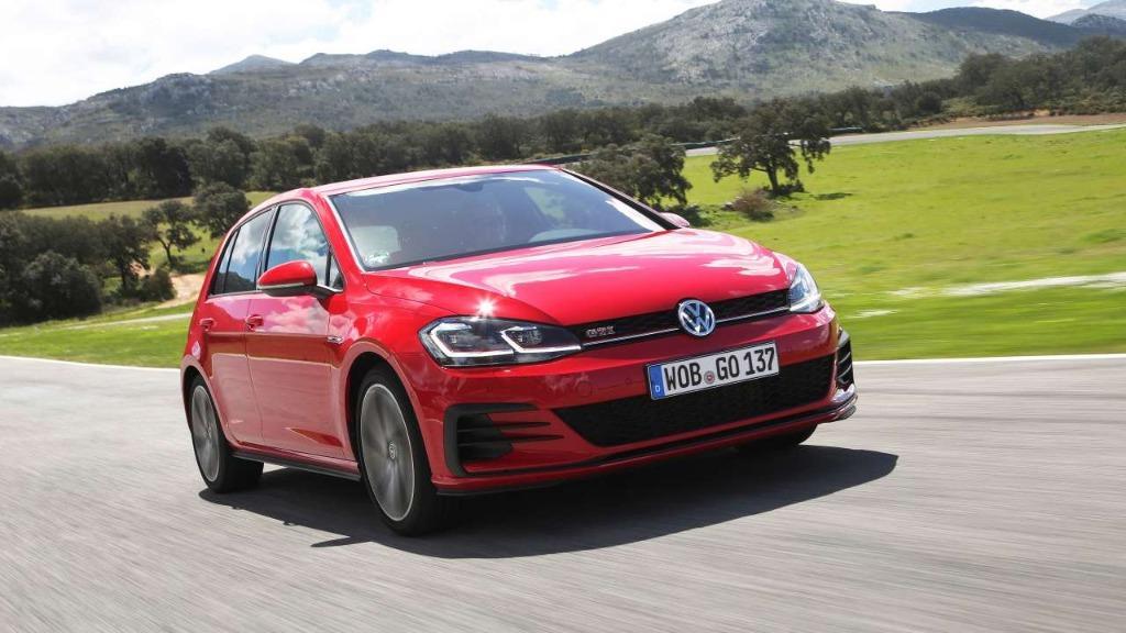Volkswagen Golf GTI Performance DSG Auto