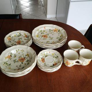 Mikasa Dinnerware Set for 4