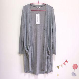 淺灰針織長版罩衫 韓國製
