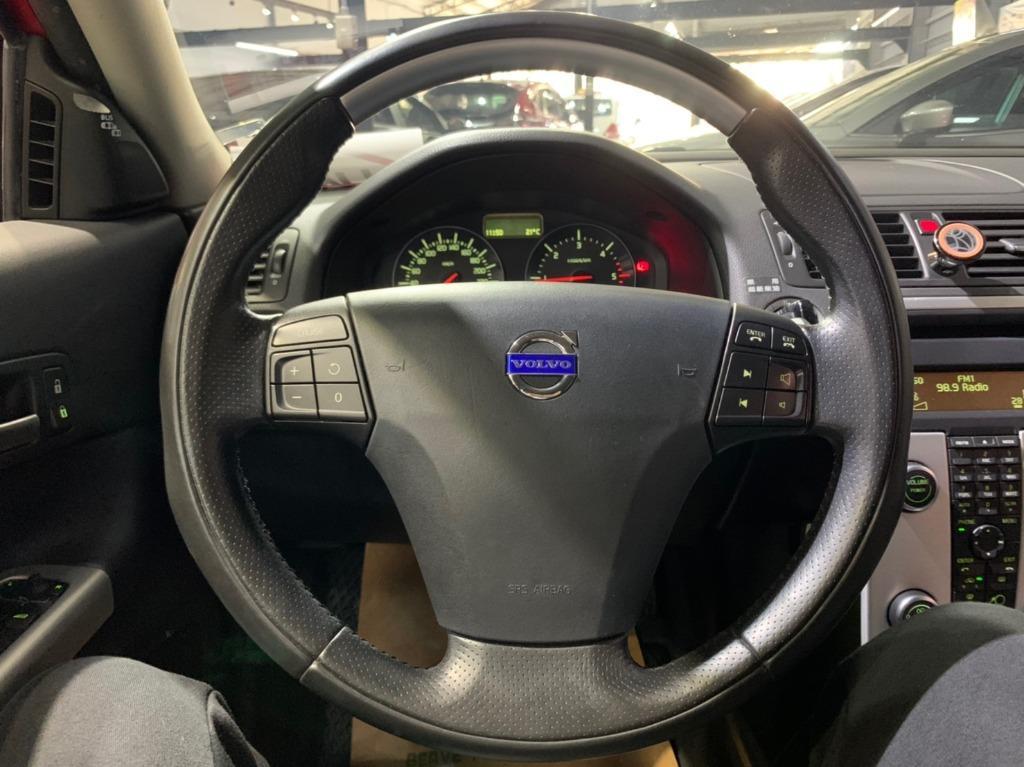 2012年 Volvo C30 2.0 D4 紅色