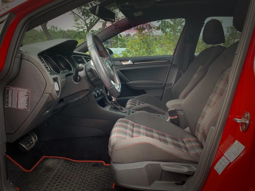 2015年 GTI  紅