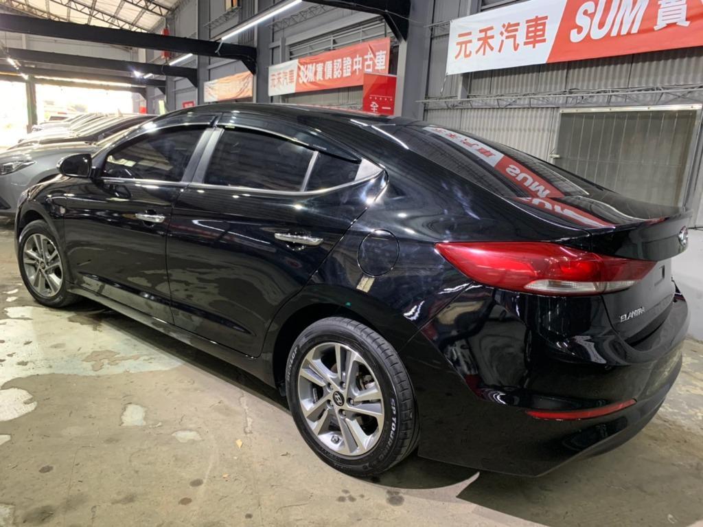 2017年 Hyundai Elantra 2.0黑