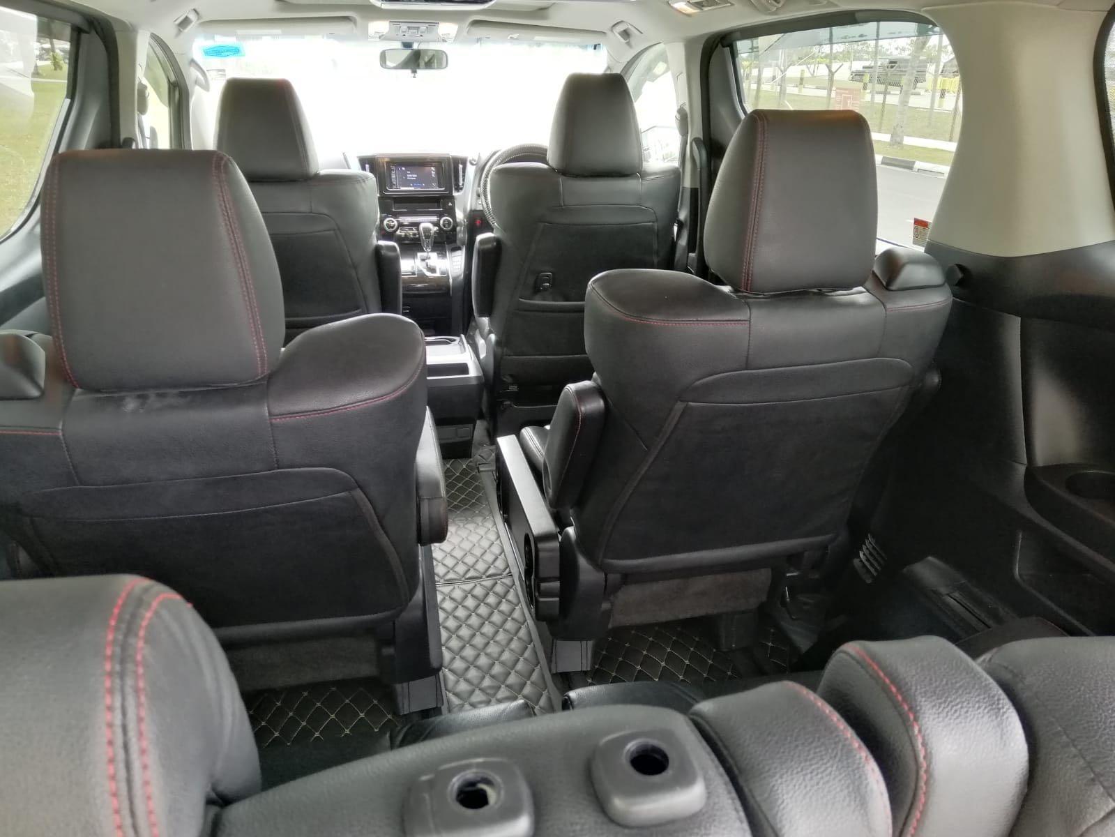 Daily Rental Toyota Vellfire 2.5 Black Limousine NFL Good Condition