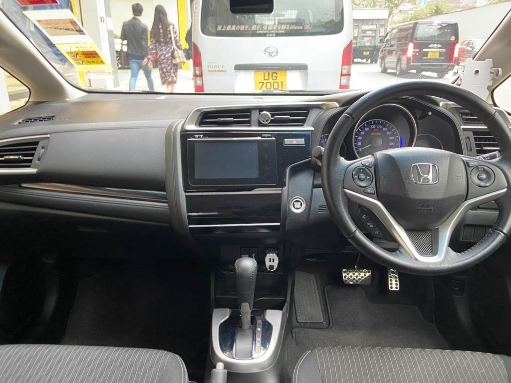 Honda Jazz RS GK5 Auto