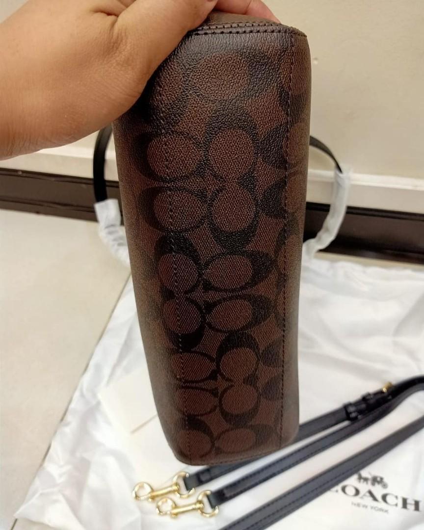 Louise Vuitton original leather made in vietnam  uk 25x20cm lengkap tali panjang, noseri,card, kulit mulus dan Like New