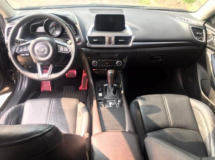 Mazda 馬自達 3 5D