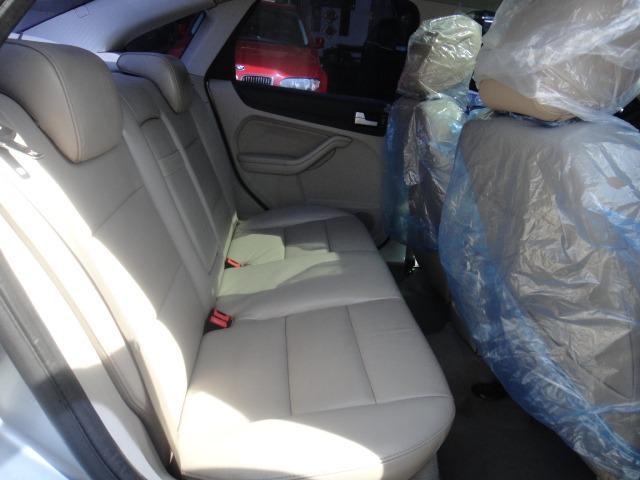 06 FOCUS 1.8 豪華型~[雙恆溫.後座出風.原廠大包.電動椅.車極美!