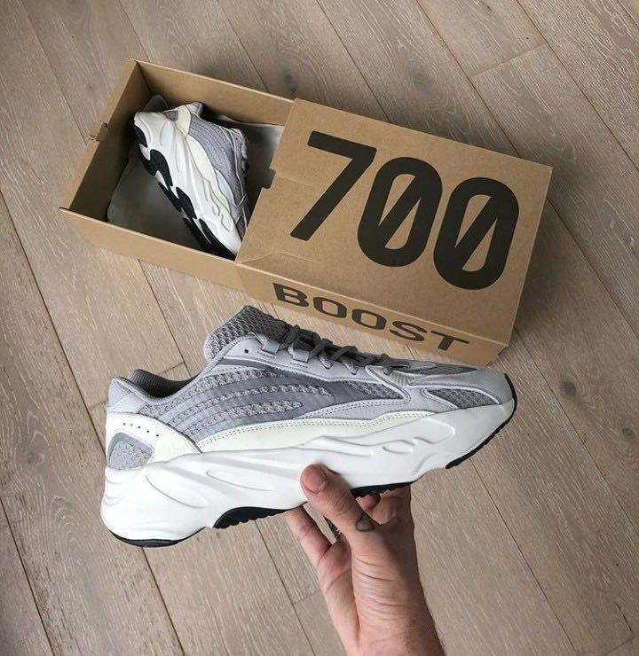 Yeezy Boost 700 V2 'StatIc'Authentic