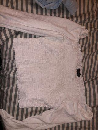 White crop with sleeves
