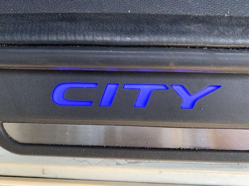 2017年 Honda City 1.5 白  FB粉專:二手車教主●可可