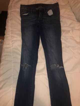 Low rise skinny ripped guess jeans