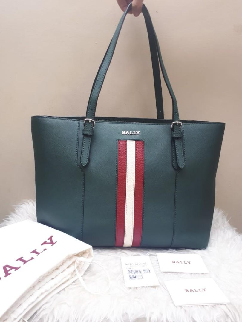 FAST SALE Excellent Condition 🤩🤩 BALLY Saffiano Supra Tote Large in Green Size 34/42 × 26 x 14 With Bag, Tag,  Bookled, and Dustbag  (Beli Rp. 10 mio +)