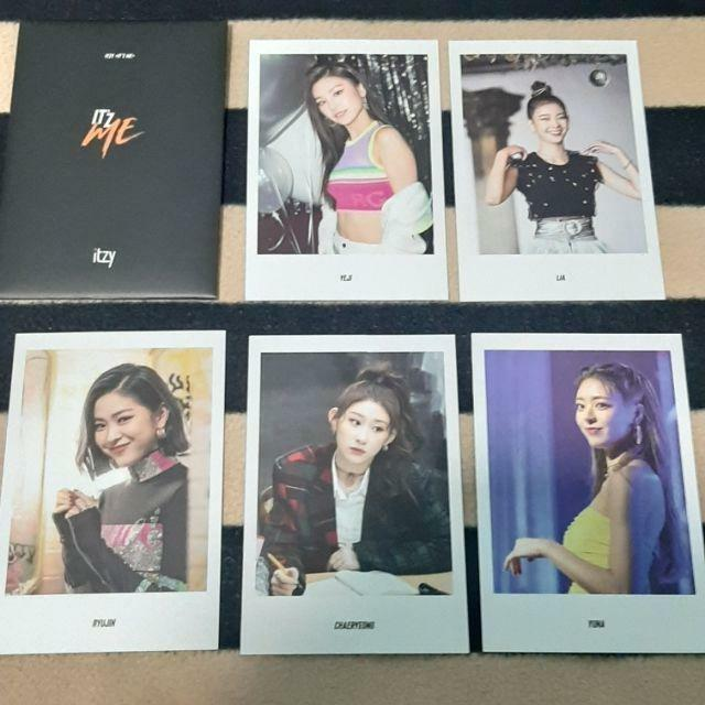 ITZY Postcard Benefit - Official From Album IT'Z ME 'WANNA BE' [BLACK]