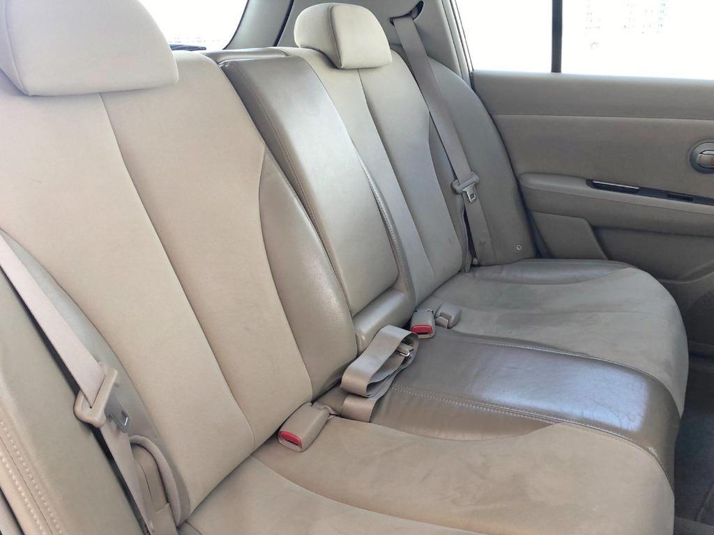 $300 cheapest car for rent.gojek patner grab incentive rebate toyota honda fit jazz mazda2 nissan latio