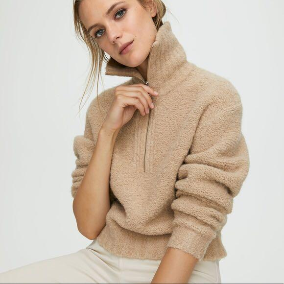 Aritzia Wilfred Free Gwyneth Sweater in Lt Honey Beige Size Small