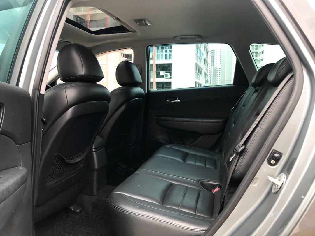Hyundai i30 Wagon sunroof 1.6A New 5year Coe  Auto