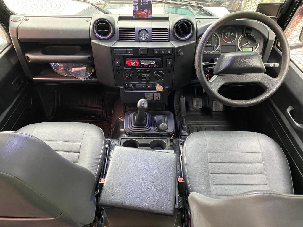 Land Rover Defender 110 XS (M)