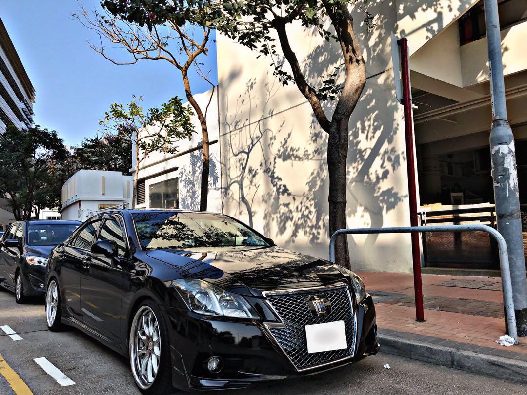 Toyota Crown 2.5 Athlete Auto