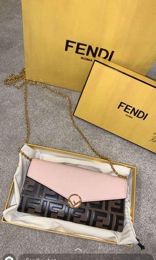 FENDI - Continental chain wallet