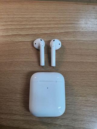 蘋果 Apple New AirPods 2 無線充電版 原廠公司貨 二手藍芽耳機🎧 保固中