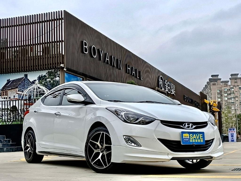 2012 Hyundai Elantra 1.8 時下的熱門車 一手車僅跑七萬七
