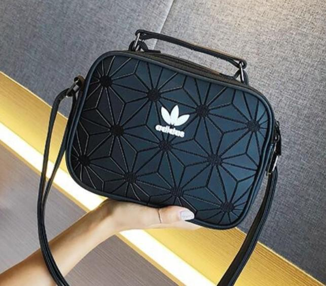 Sling Bags on Carousell