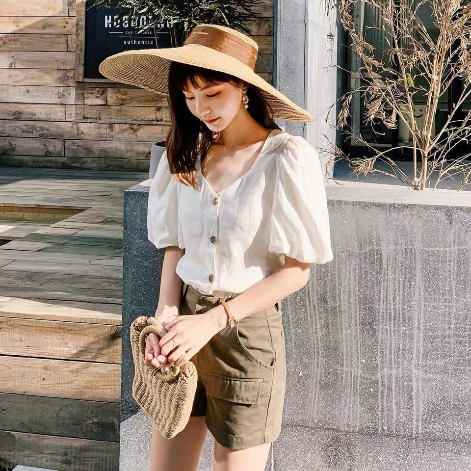 Moussy Japan Fashion brand square neck balloon sleeve button top
