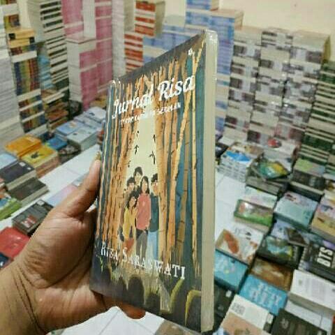 Novel Jurnal Risa Teror Liburan Sekolah Buku Alat Tulis Buku Di Carousell