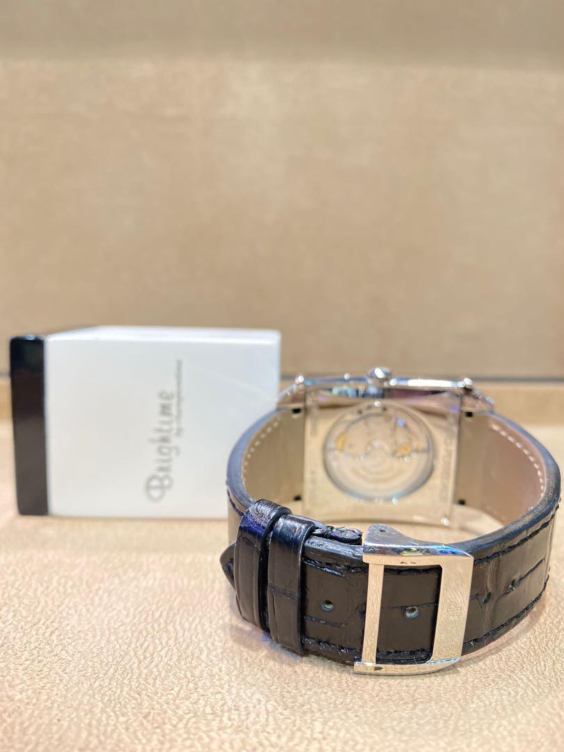 Pre Owned Girard Perregaux XXL Large Date 25882-11-121-BB6B Silver Dial Automatic Steel Casing Leather