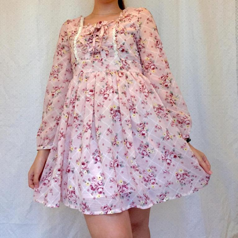 Rare Liz Lisa & My Melody pastel pink babydoll dress in silky and airy fabric.