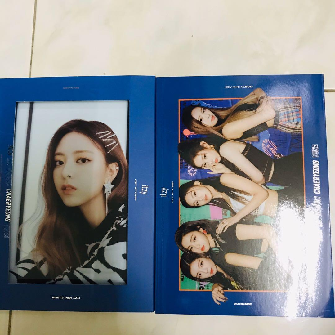 [WTS] Itzy It'z Me Unsealed Album with Yuna Cover (Wannabe Ver.)