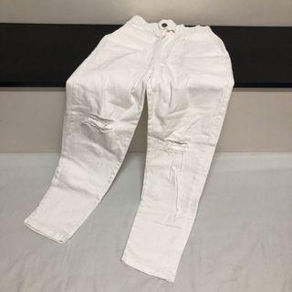 白色顯瘦破褲(白帥帥)