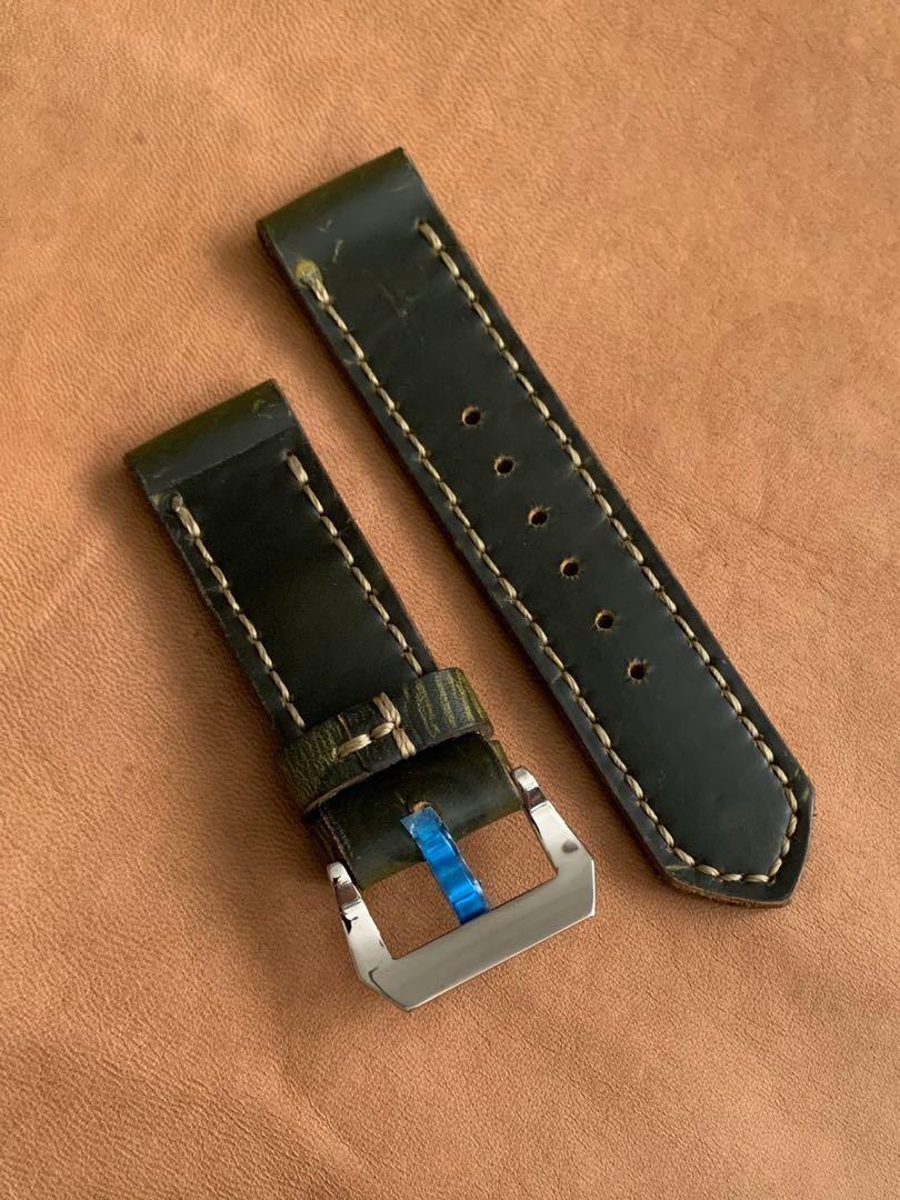26mm/26mm Dark Green Calf Leather with wavy inscriptions Watch Strap - Super tough and durable 26mm@lug/26mm@buckle   (Length- L:133mm, S:80mm) (only 1 piece 😊- once sold, no more ) (4mm thickness throughout)
