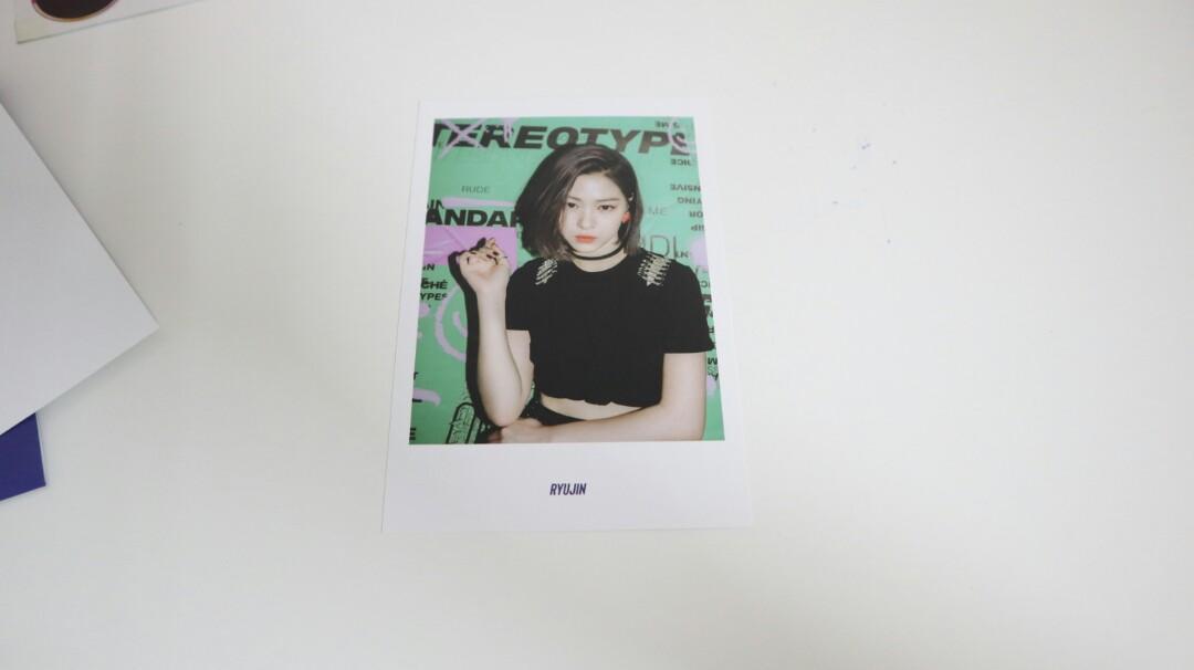 ITZY 2nd Mini Album IT'Z ME Pre-order Benefits Postcard Set