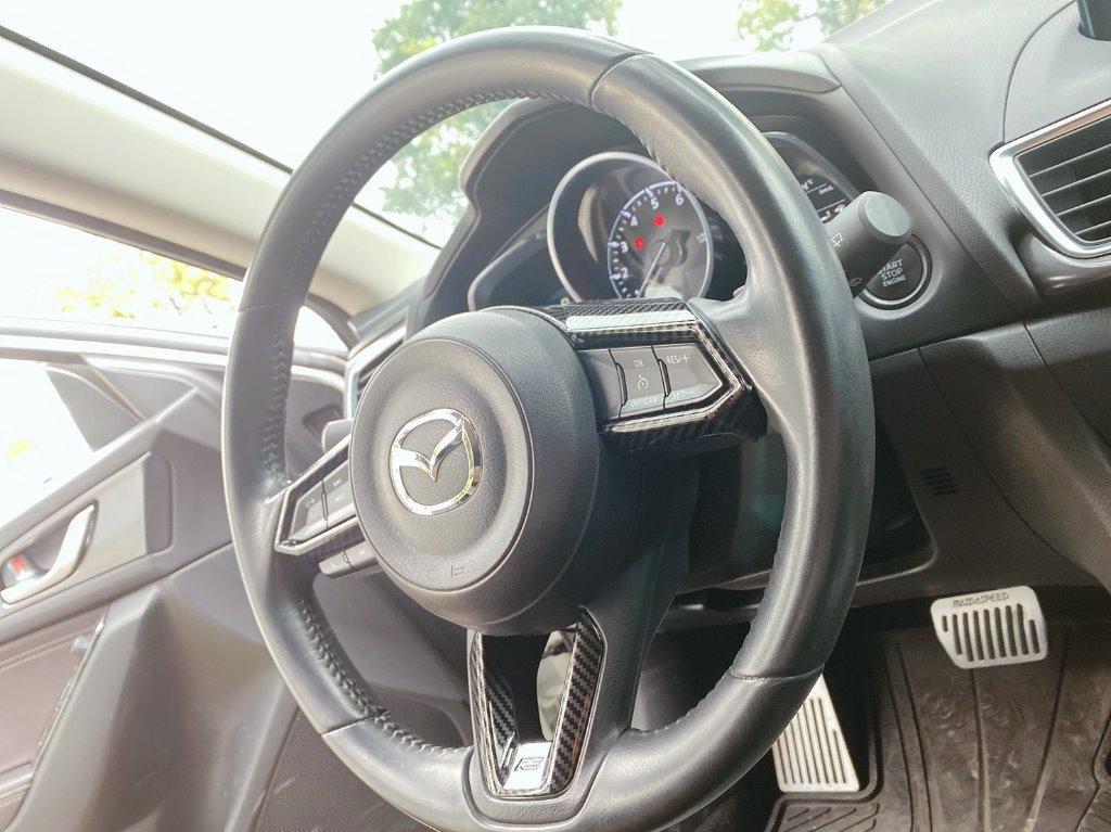 Mazda 3 混馬 17年 白 2.0 跑4萬
