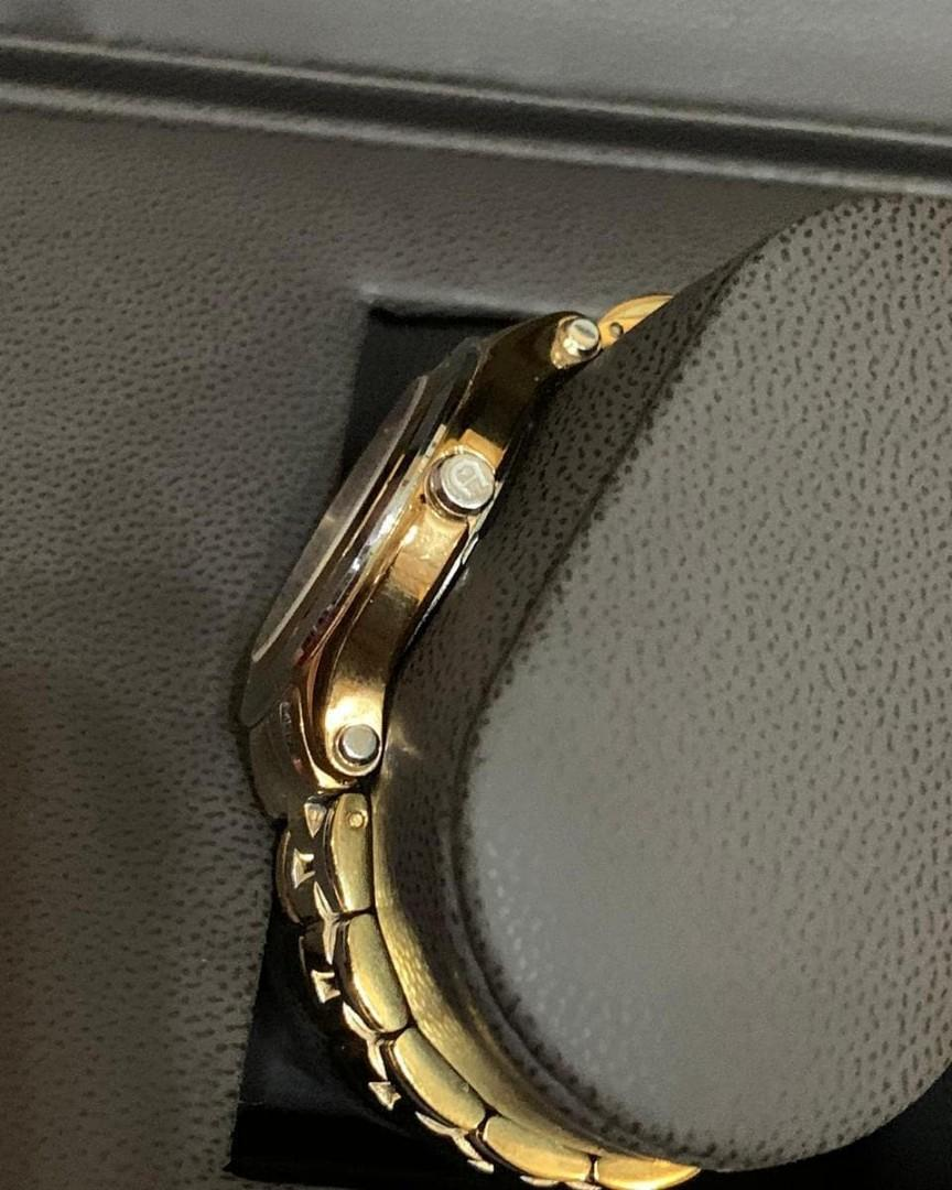 Preloved watch Aigner bologna Authentic original 100% good condition fullset sdh lengkap 1 paket yaa, Like New