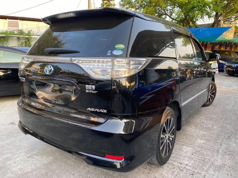 Toyota Estima Hybrid Aeras Facelift 2.4 Auto