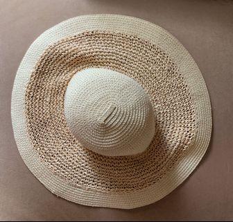 (CLEARANCE SALE!) Beach Hat