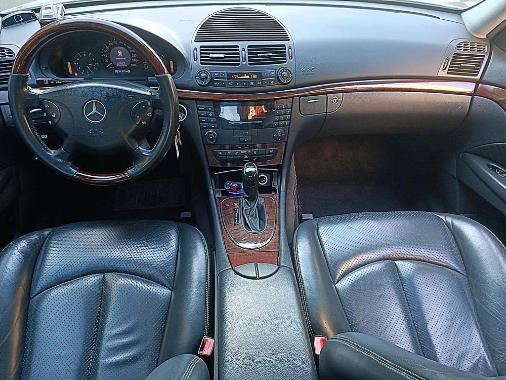2003年 賓士 E240 銀色黑內裝 2.6L 車況好